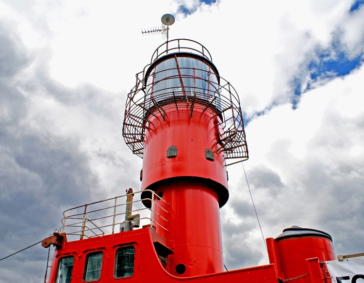 Aton-Marks-Major-Floating-Aids-Lightship