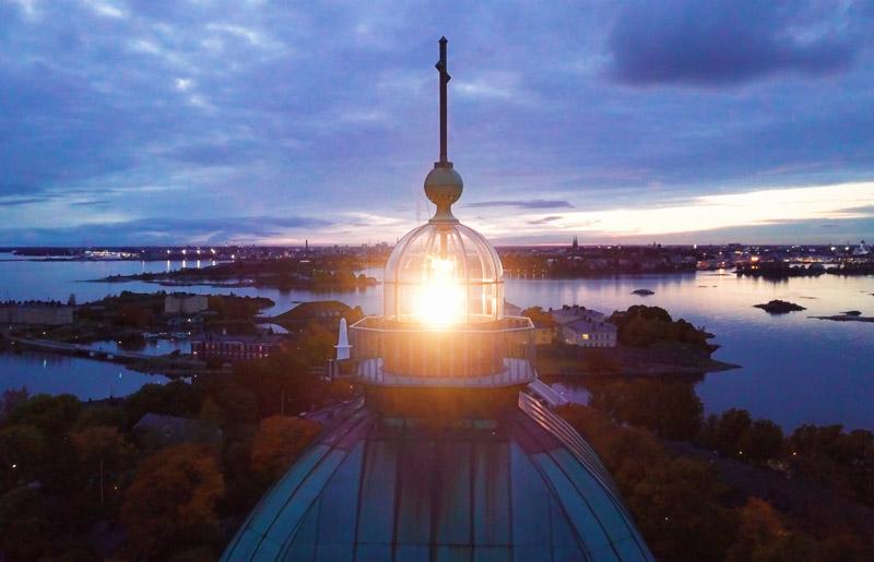 LED lighthouse light by Sabik Marine
